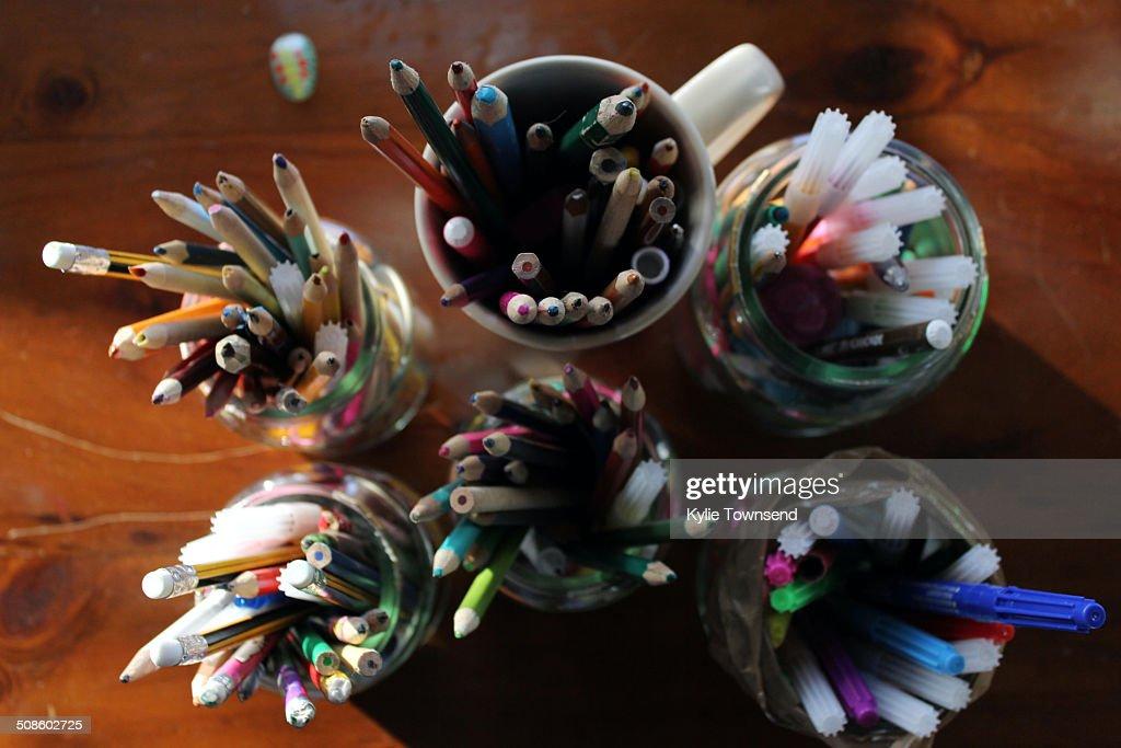 Children's drawing pens and pencils : Foto de stock