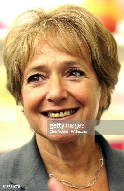 Children's Minister Margaret Hodge at the Mapledean Early Years Centre in Hackney East London The Minister visted the centre as part of a drive to...