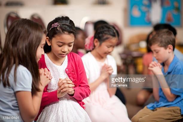 religiosas programa para niños - domingo fotografías e imágenes de stock
