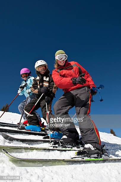 childrens aulas de esqui - ski holiday - fotografias e filmes do acervo