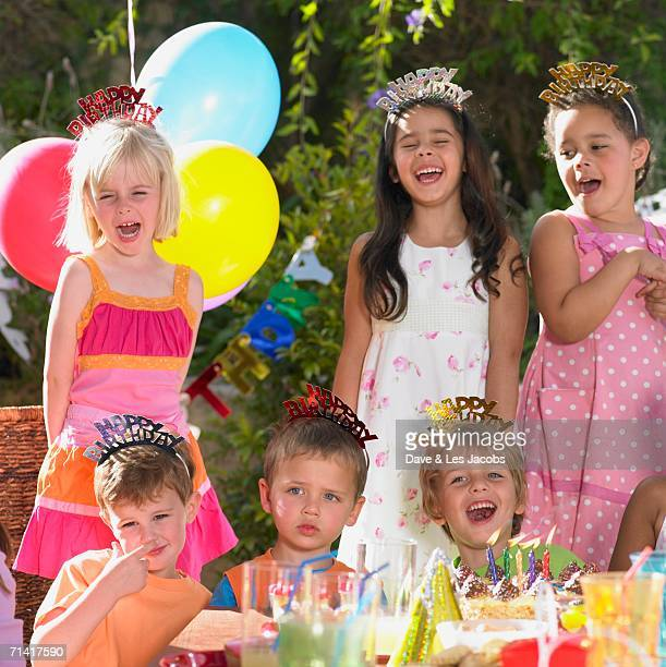 child's birthday party outdoors - happy birthday images for sister stock pictures, royalty-free photos & images