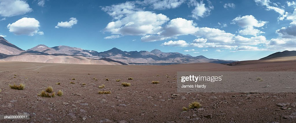 Chile, desert landscape, mountains in background : Stockfoto