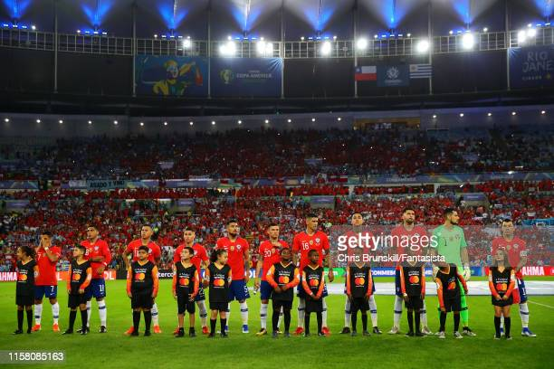Chile line up ahead of the Copa America Brazil 2019 group C match between Chile and Uruguay at Maracana Stadium on June 24 2019 in Rio de Janeiro...