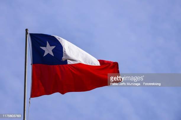 chile. national chilean flag - bandiera del cile foto e immagini stock