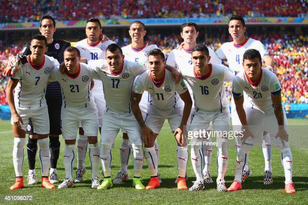 Chile players pose for a team photo prior to the 2014 FIFA World Cup Brazil Group B match between the Netherlands and Chile at Arena de Sao Paulo on...