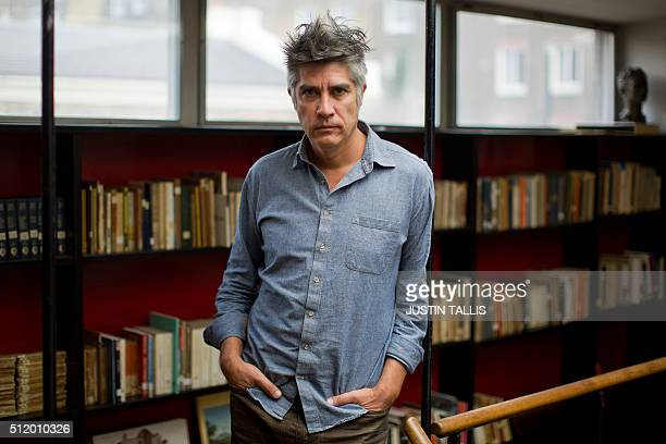 Chilean architect Alejandro Aravena poses for a portrait in London on February 23 2016 / AFP / JUSTIN
