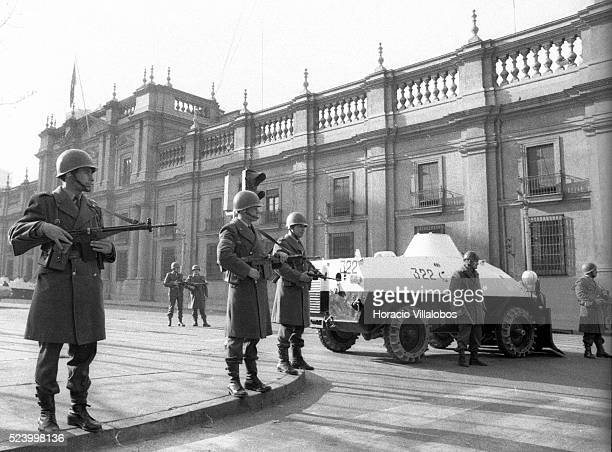 Chilean Carabineros surround La Moneda Presidential Palace at 8 am September 11th 1973 Bound by law to be the Presidential Guard one hour later they...