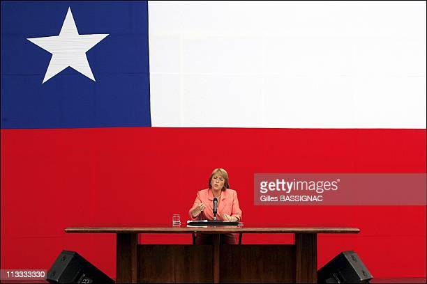 Chilean Elected President Michelle Bachelet Gives A Press Conference At The Concertacion Headquarters In Santiago On January 16Th 2006 In Santiago...
