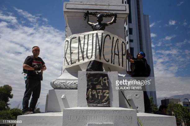 Chilean mapuches demonstrate in Santiago on October 26 a day after more than one million people took to the streets for the largest protests in a...