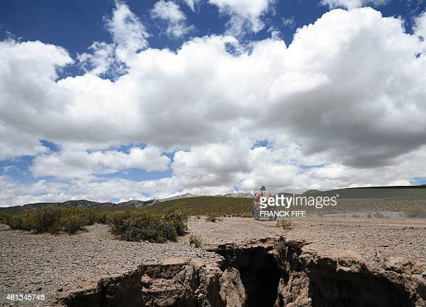 Chilean Pablo Quintana powers his KTM during the Stage 7 of the Dakar 2015 between Iquique in Chile and Uyuni in Bolivia on January 11 2015 AFP PHOTO...