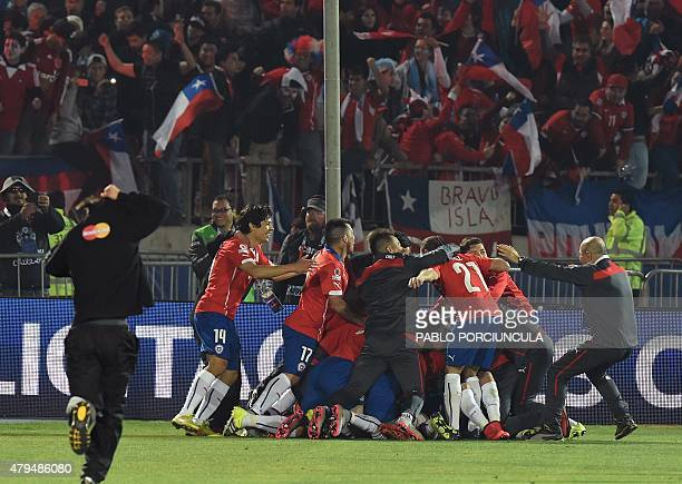Chilean players celebrate after winning the 2015 Copa America football championship in Santiago Chile on July 4 2015 Chile defeated 41 Argentina in...