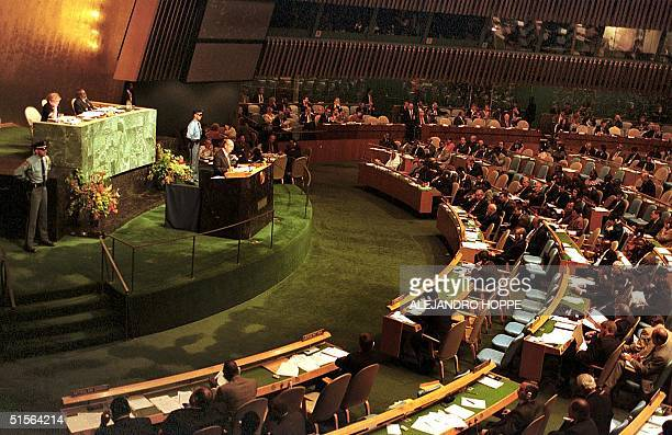 Chilean President Ricardo Lagos speaks to the General Assembly of the United Nations 06 September 2000 at the Millenium Summit in New York El...