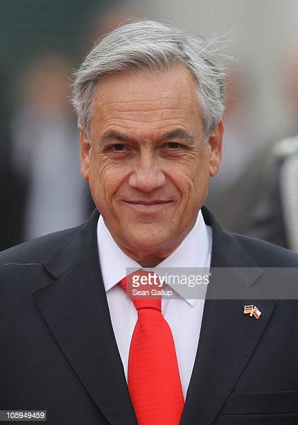 Chilean President Sebastian Pinera arrives at the Chancellery to meet wit German Chancellor Angela Merkel on October 22 2010 in Berlin Germany Pinera...