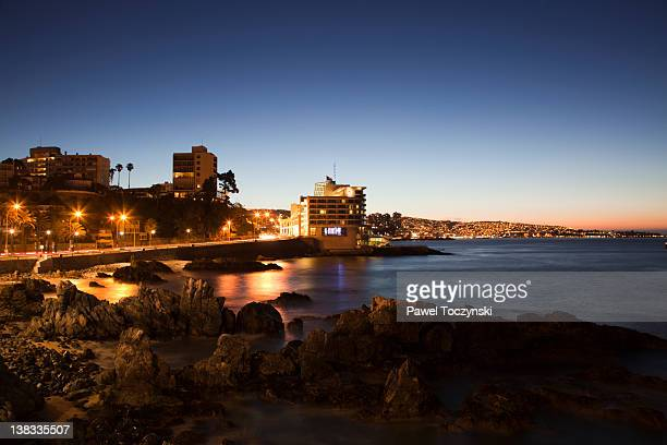 chilean riviera near valparaiso, vina del mar - vina del mar stock pictures, royalty-free photos & images