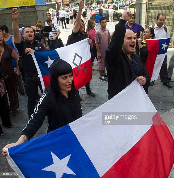 Chilean ultra rightwing demonstrators make fascist salutes during the reading of the ruling of the International Court of The Hague on January 27...
