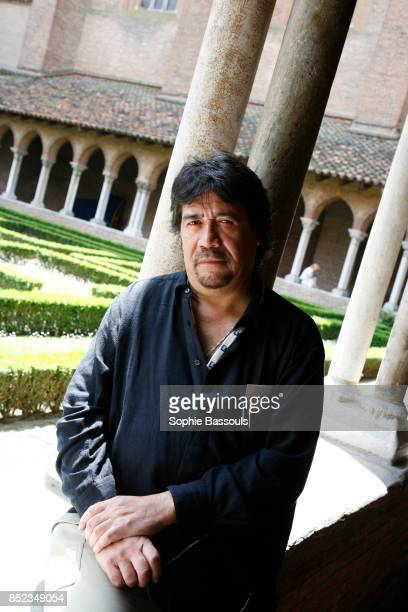 Chilean writer Luis Sepulveda His first novel Le vieux qui lisait des romans d'amour enjoyed worldwide success Now based in Spain he also directs and...