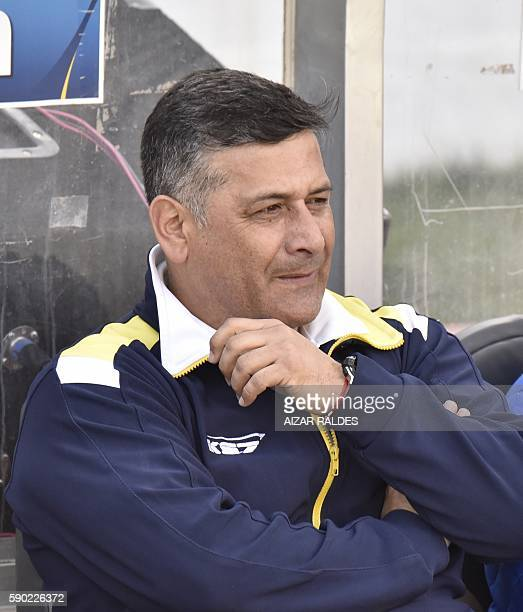 Chile's U Concepcion coach Ronald Fuentes gestures is seen during their firstround 2016 Copa Sudamericana match against Bolivia's Bolivar at Hernando...