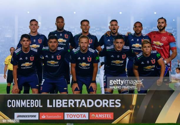 Chile's Universidad de Chile poses for picture before their 2018 Libertadores Tournament match against Brazil's Vasco de Gama at Sao Januario stadium...
