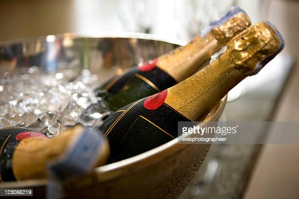 chilled champagne - champagne stock pictures, royalty-free photos & images