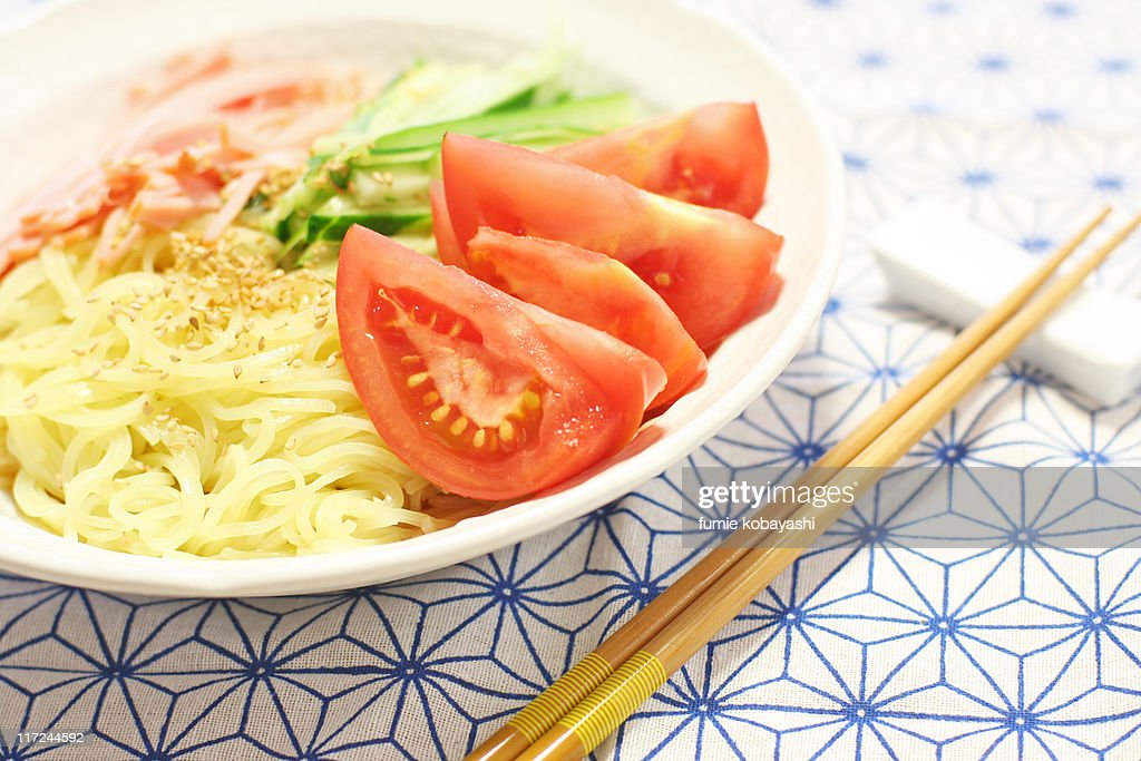Chilled chinese noodles : Stock Photo