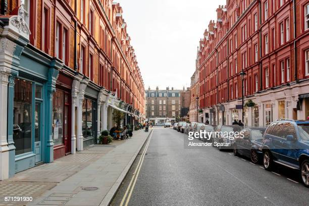 chiltern street on a sunny day, london, uk - high street stock pictures, royalty-free photos & images