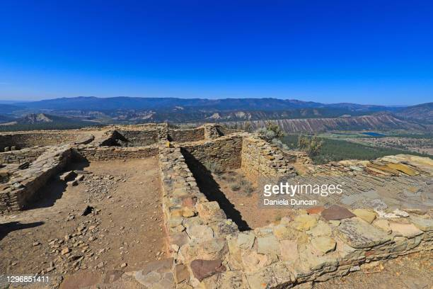 chimney rock national monument - puebloan ruins - pueblo colorado stock pictures, royalty-free photos & images