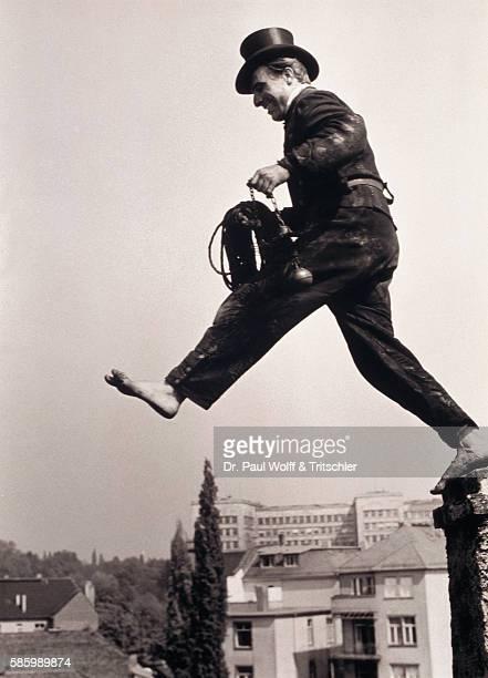 Chimney Sweep Jumping from Roof to Roof
