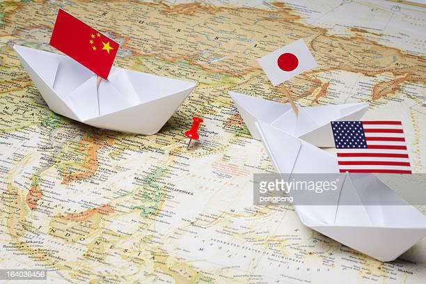 中国および日本 - 尖閣諸島 ストックフォトと画像