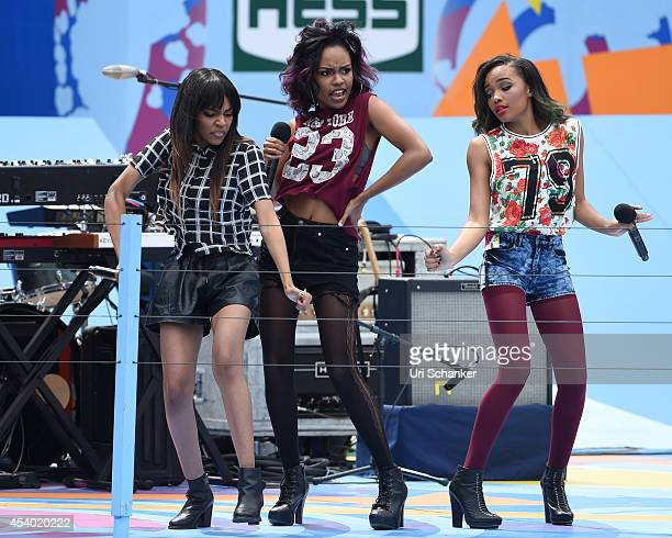 China Anne McClain Sierra McClain and Lauryn McClain of McClain perform during the 2014 Arthur Ashe Kids' Day at USTA Billie Jean King National...