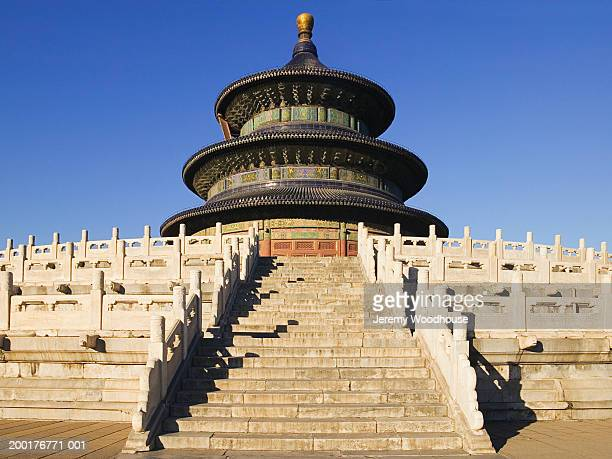china, beijing, temple of heaven - jeremy woodhouse stock photos and pictures