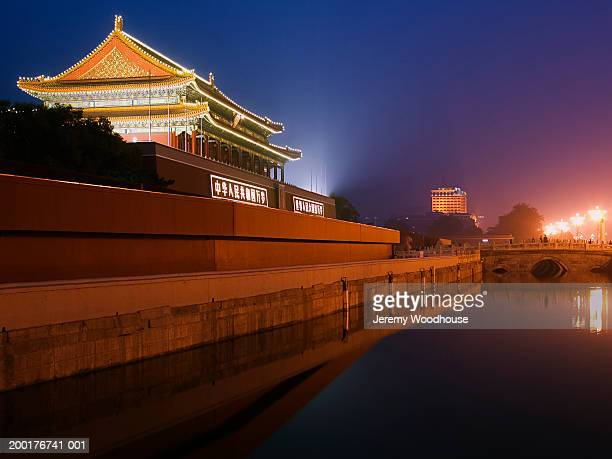 china, beijing, tiananmen gate of heavenly peace, dusk - jeremy woodhouse stock photos and pictures
