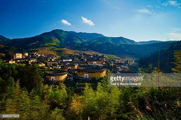 china, fujian province, chuxi village - fujian tulou stock pictures, royalty-free photos & images