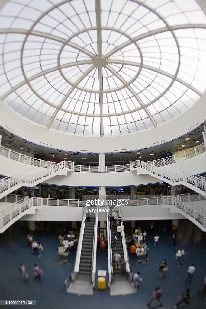 China, Macau Special Administrative Region, Interior of Macau Passenger Ferry Terminal (fish-eye lens) : Stockfoto