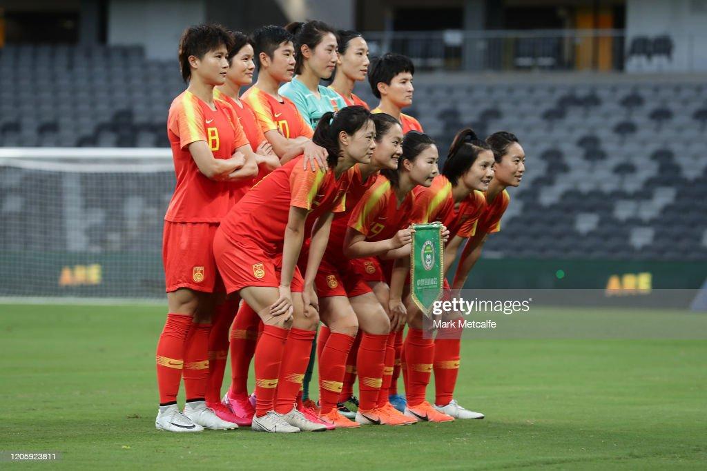 Women's Olympic Football Tournament Qualifier - Australia v China PR : ニュース写真