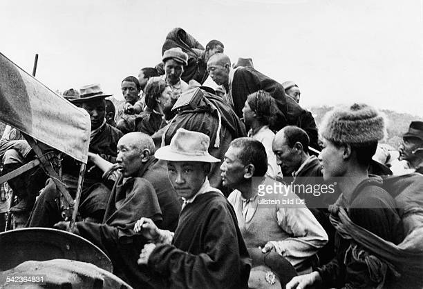 China Tibet Tibetan uprising march 1959 Refugees arriving at the Indian camp Missamari March 1959