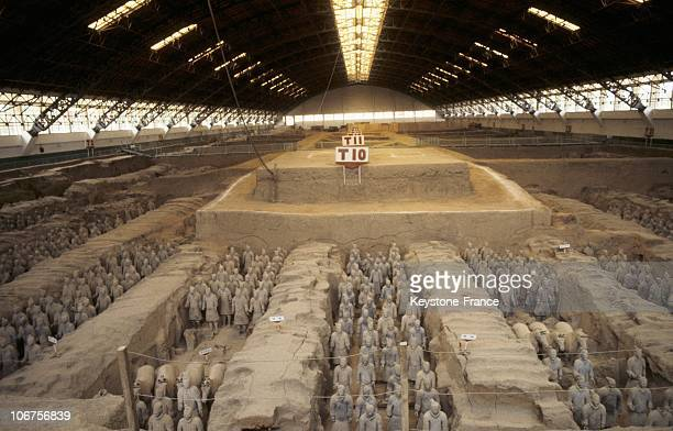 China Xian Warriors And Riders Of The Mausoleum Of The First Qin Shi Huangdi Emperor