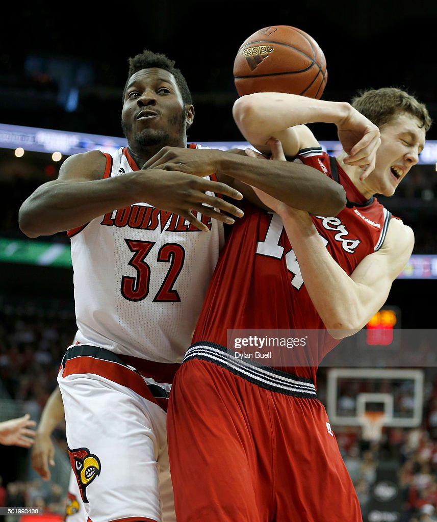 Western Kentucky v Louisville