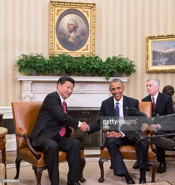 China's President Xi Jinping and US President Barack Obama hold a meeting during an official State Visit at the White House September 25 2015 in...