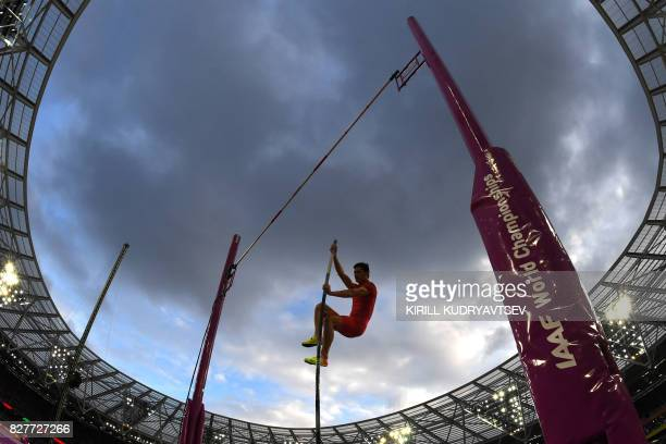 China's Yao Jie competes in the final of the men's pole vault athletics event at the 2017 IAAF World Championships at the London Stadium in London on...