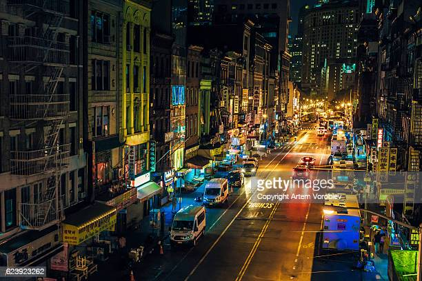 chinatown at night - lower east side manhattan stock pictures, royalty-free photos & images