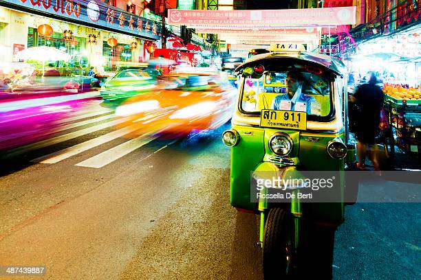 chinatown, bangkok, thailand - auto rickshaw stock pictures, royalty-free photos & images