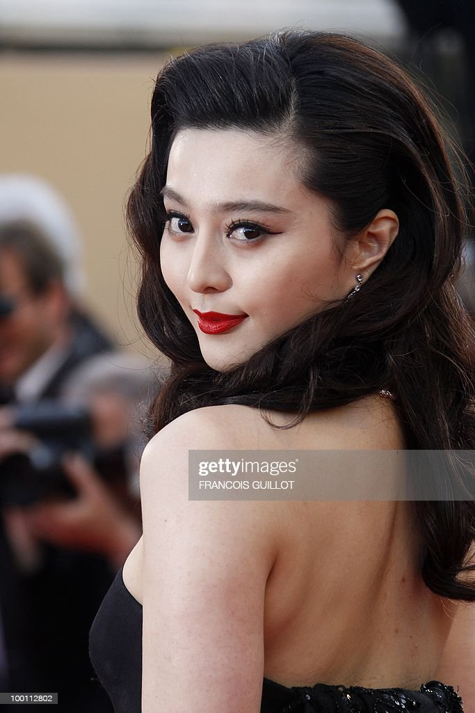 Chinese actress Fan Bingbing arrive for the screening of 'Des Hommes et des Dieux' (Of God and Men) presented in competition at the 63rd Cannes Film Festival on May 18, 2010 in Cannes.