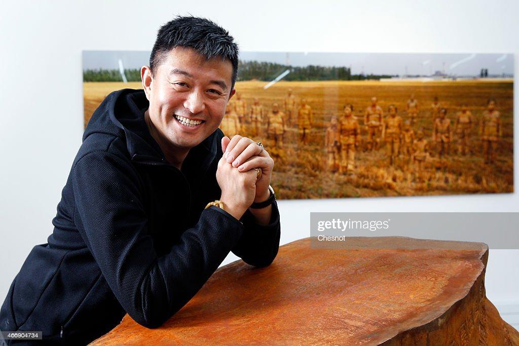 Chinese Artist Liu Bolin  At Galerie Paris-Beijing In Paris