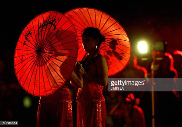 Chinese dancers perform in Kuala Lumpur late 23 February during the fifteenth and last day of the Chinese New Year celebrations The 15th day of the...