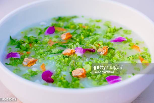 chinese dish vegetable soup - jakob montrasio stock pictures, royalty-free photos & images
