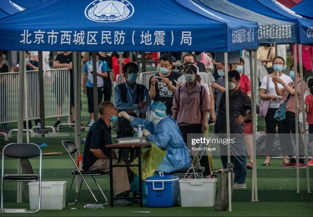 Beijing Moves To Contain Fresh Cases Of COVID-19 : News Photo