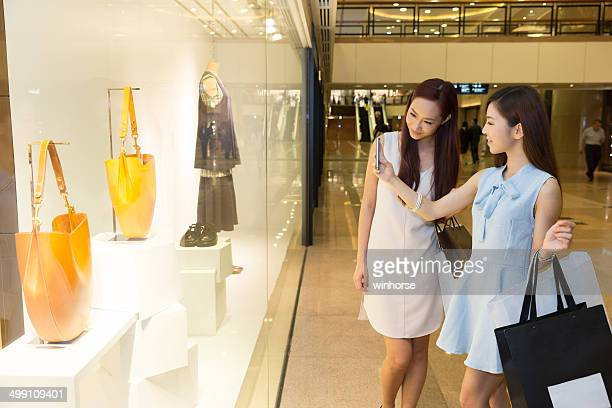 chinese girls taking photo using smart phone - chinese culture stock pictures, royalty-free photos & images