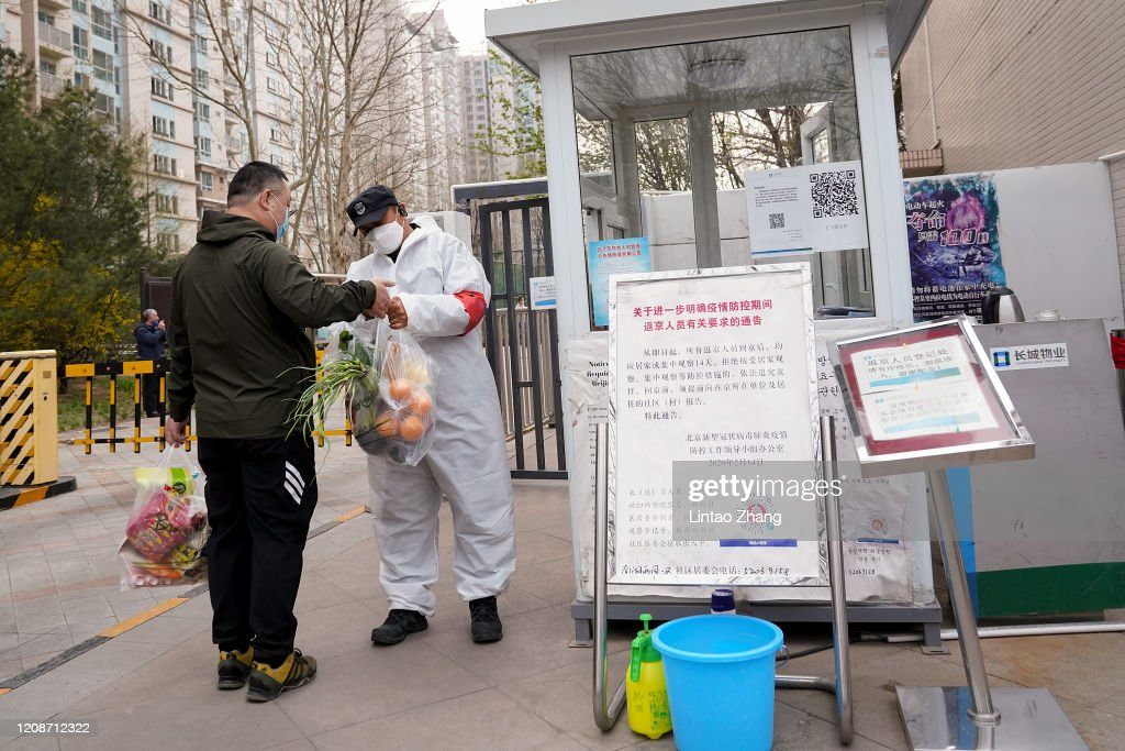 People's Daily Life Gradually Recovers In Beijing : News Photo