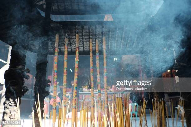 chinese incense at temple - sandalwood stock pictures, royalty-free photos & images
