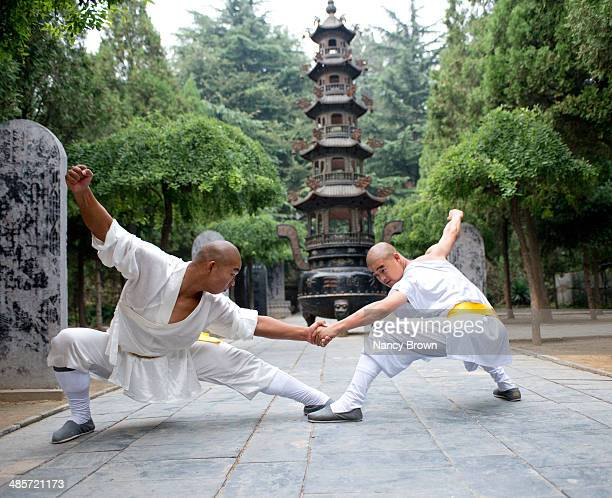 Chinese Kun Fu Expetts in Shaolin Temple China.